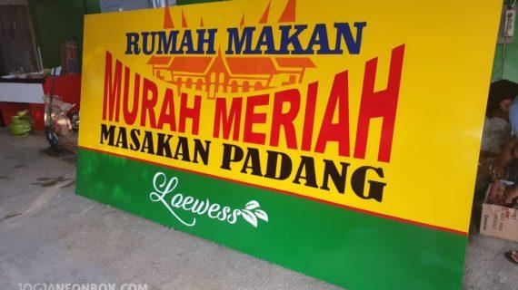 Jasa Pembuatan Neon Box Termurah di Malang